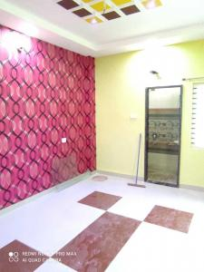 Gallery Cover Image of 1000 Sq.ft 3 BHK Independent House for buy in Maharaja Tukoji Rao Holker Cloth Market for 6500000