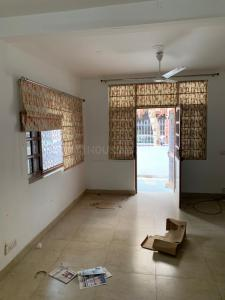 Gallery Cover Image of 1800 Sq.ft 3 BHK Independent Floor for rent in Vasant Kunj for 54000