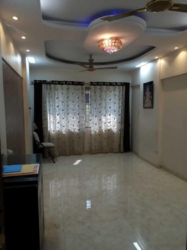 Living Room Image of 950 Sq.ft 2 BHK Apartment for rent in Thane West for 25000
