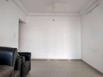 Gallery Cover Image of 950 Sq.ft 2 BHK Apartment for rent in Kadma for 6500