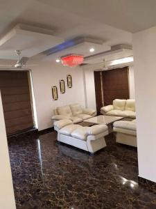 Gallery Cover Image of 1850 Sq.ft 3 BHK Apartment for rent in Sector 121 for 40000