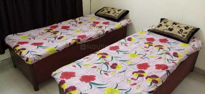 मलाड ईस्ट में बॉइज़ एंड गर्ल्स पीजी में बेडरूम की तस्वीर