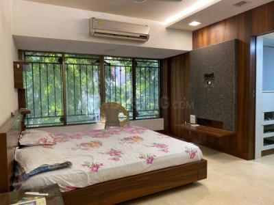 Gallery Cover Image of 1700 Sq.ft 3 BHK Apartment for buy in Rijuvalika, Khar West for 55000000