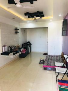Gallery Cover Image of 876 Sq.ft 2 BHK Apartment for rent in Dhanori for 20000