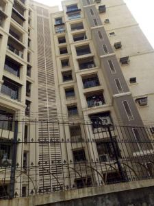 Gallery Cover Image of 620 Sq.ft 1 BHK Apartment for rent in Malad East for 25000