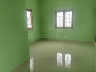 Gallery Cover Image of 600 Sq.ft 1 BHK Independent House for rent in Kolapakkam - Vandalur for 5000
