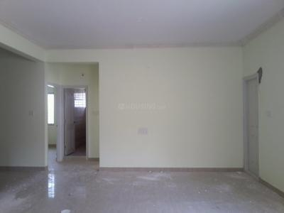 Gallery Cover Image of 1050 Sq.ft 2 BHK Apartment for rent in Kumaraswamy Layout for 16000