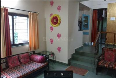 Gallery Cover Image of 1000 Sq.ft 2 BHK Apartment for rent in Chinchwad for 18000