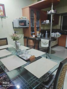 Dining Area Image of Dattakrupa Bungalow in Dattavadi