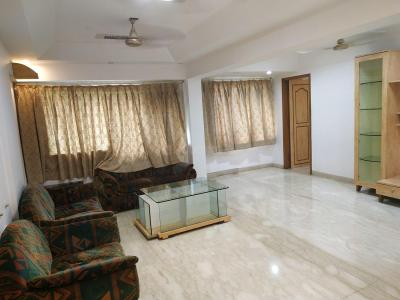 Gallery Cover Image of 1050 Sq.ft 2 BHK Apartment for rent in Malad East for 45000