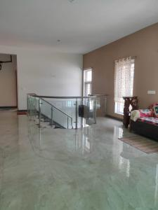 Gallery Cover Image of 4503 Sq.ft 5 BHK Villa for rent in Thiruvanmiyur for 95000