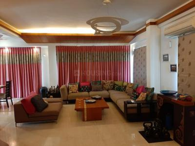 Gallery Cover Image of 3300 Sq.ft 3 BHK Apartment for buy in Besant Nagar for 47400000
