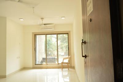 Gallery Cover Image of 1426 Sq.ft 3 BHK Apartment for buy in Thane West for 13000000