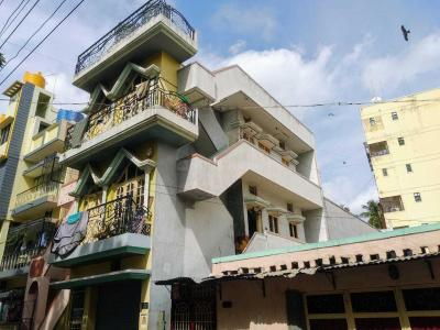 Gallery Cover Image of 2500 Sq.ft 7 BHK Independent House for buy in Rajajinagar for 15000000