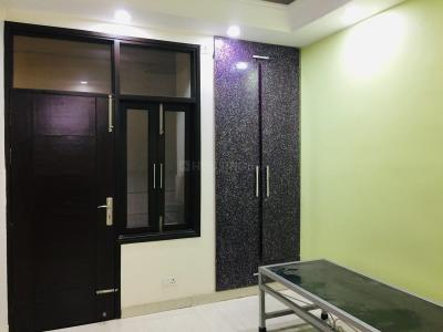 Gallery Cover Image of 700 Sq.ft 2 BHK Apartment for buy in Mehrauli for 3947000