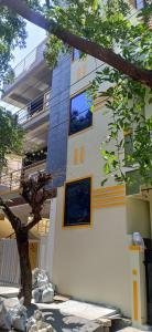 Gallery Cover Image of 3600 Sq.ft 7 BHK Independent House for buy in Kodigehalli for 19000000
