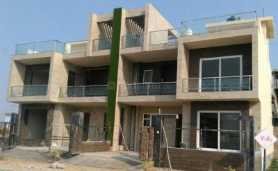 Gallery Cover Image of 1539 Sq.ft 4 BHK Villa for buy in Jhalwa for 5700000