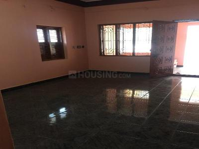 Gallery Cover Image of 980 Sq.ft 2 BHK Independent House for rent in Perungalathur for 12000