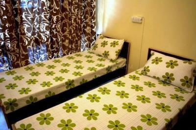 एम 9999 848 555 इन सेक्टर 32 के बेडरूम की तस्वीर