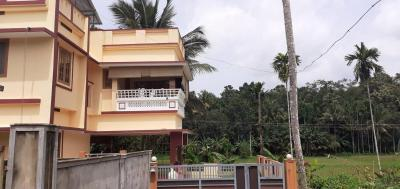 Gallery Cover Image of 2500 Sq.ft 5 BHK Independent House for buy in Mulanthuruthy for 10000000