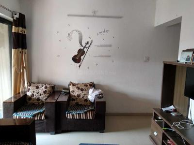 Gallery Cover Image of 1100 Sq.ft 2 BHK Apartment for rent in Kharadi for 30000