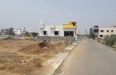 Gallery Cover Image of  Sq.ft Residential Plot for buy in Kelambakkam for 3700000