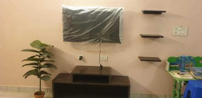 Gallery Cover Image of 1150 Sq.ft 3 BHK Apartment for rent in Hussainpur for 24000