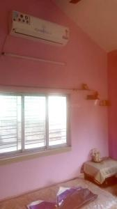 Gallery Cover Image of 1000 Sq.ft 1 BHK Independent Floor for rent in Kaikhali for 9000