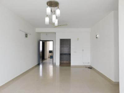 Gallery Cover Image of 950 Sq.ft 2 BHK Apartment for rent in Omaxe Grand Woods, Sector 93B for 20000