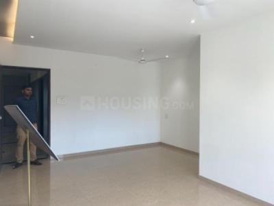 Gallery Cover Image of 1350 Sq.ft 3 BHK Apartment for rent in Evershine Crown, Kandivali East for 46500