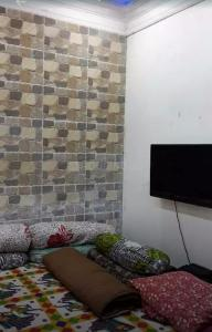 Gallery Cover Image of 757 Sq.ft 2 BHK Independent House for buy in Ballygunge for 10000000