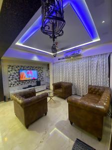 Gallery Cover Image of 4000 Sq.ft 4 BHK Villa for rent in Virar West for 60000