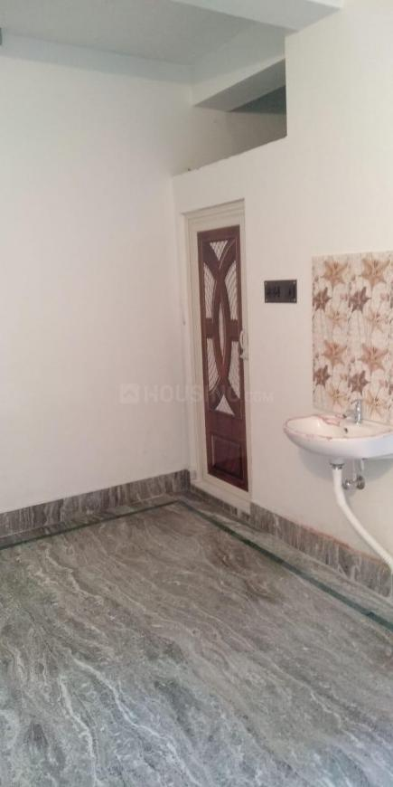 Living Room Image of 1200 Sq.ft 2 BHK Independent House for rent in Thakurpukur for 10000