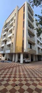 Gallery Cover Image of 1310 Sq.ft 3 BHK Apartment for buy in Dombivli East for 9065000