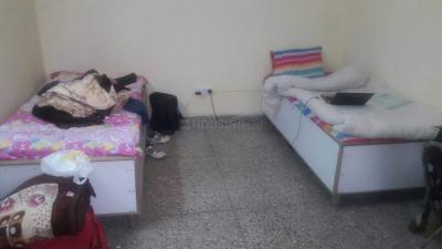 Bedroom Image of Subhash PG in Garhi