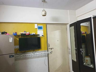 Gallery Cover Image of 250 Sq.ft 1 BHK Apartment for rent in Powai for 22000