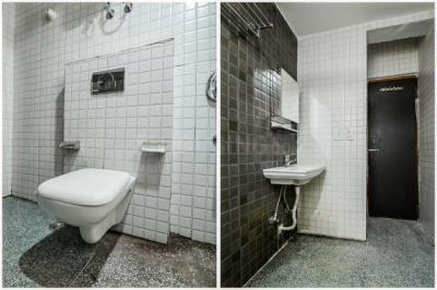 Bathroom Image of Oyo Life Grg880 Golf Course Rd in DLF Phase 5