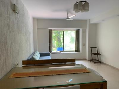 Gallery Cover Image of 1200 Sq.ft 2 BHK Apartment for rent in Mittal Park, Juhu for 125000