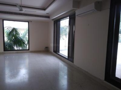 Gallery Cover Image of 10000 Sq.ft 5 BHK Independent House for rent in DLF Farms for 450000