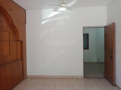 Gallery Cover Image of 500 Sq.ft 1 BHK Apartment for rent in Sector 19 Dwarka for 13000