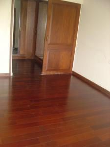 Gallery Cover Image of 1600 Sq.ft 3 BHK Apartment for rent in Juhu for 250000