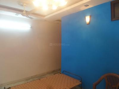 Gallery Cover Image of 720 Sq.ft 2 BHK Independent Floor for rent in Tughlakabad for 8500
