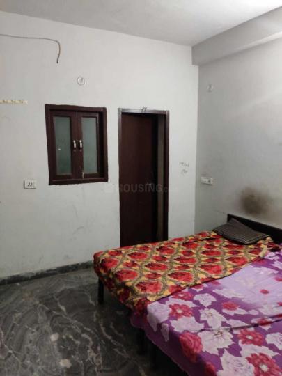 Bedroom Image of New Golden PG in Sector 13