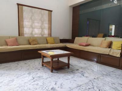 Gallery Cover Image of 5823 Sq.ft 4 BHK Independent House for buy in Thaltej for 110000000