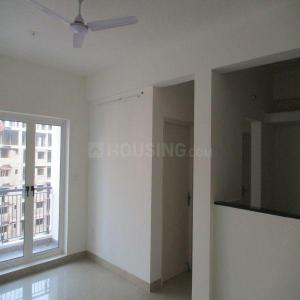 Gallery Cover Image of 996 Sq.ft 2 BHK Apartment for rent in Kelambakkam for 9000