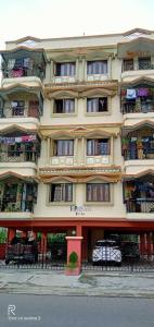 Gallery Cover Image of 1250 Sq.ft 3 BHK Apartment for rent in New Town for 17000