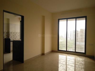 Gallery Cover Image of 500 Sq.ft 1 BHK Apartment for rent in Unicorn Arena , Naigaon East for 7000