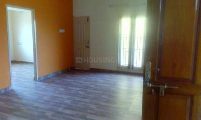 Gallery Cover Image of 1500 Sq.ft 3 BHK Independent Floor for rent in Injambakkam for 19000