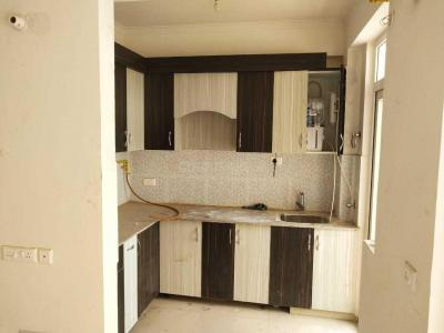 Gallery Cover Image of 890 Sq.ft 2 BHK Apartment for rent in Supertech Eco Village 1, Noida Extension for 8000