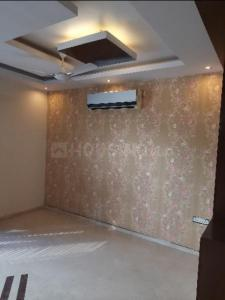 Gallery Cover Image of 1750 Sq.ft 3 BHK Independent Floor for rent in Yojana Vihar RWA, Anand Vihar for 40000
